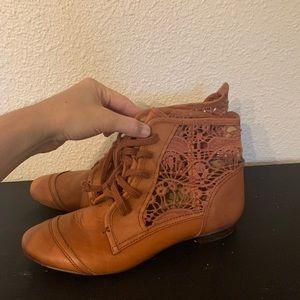 Cute Lace Leather Latigo Ankle Boots